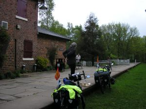 (Thorpe Thewlis station tea rooms, first cornish pasty).